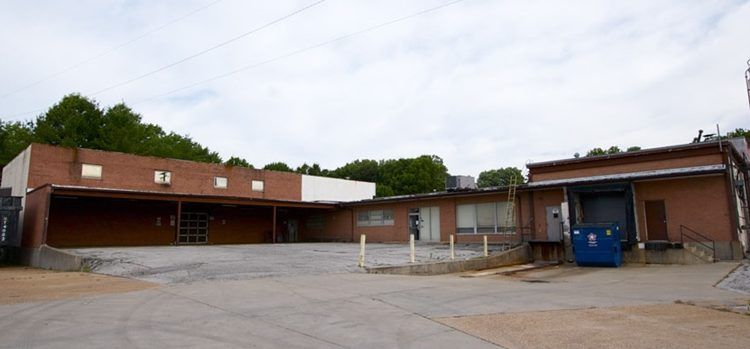 Industrial building located at 9769 Reavis Park St. Louis Mo